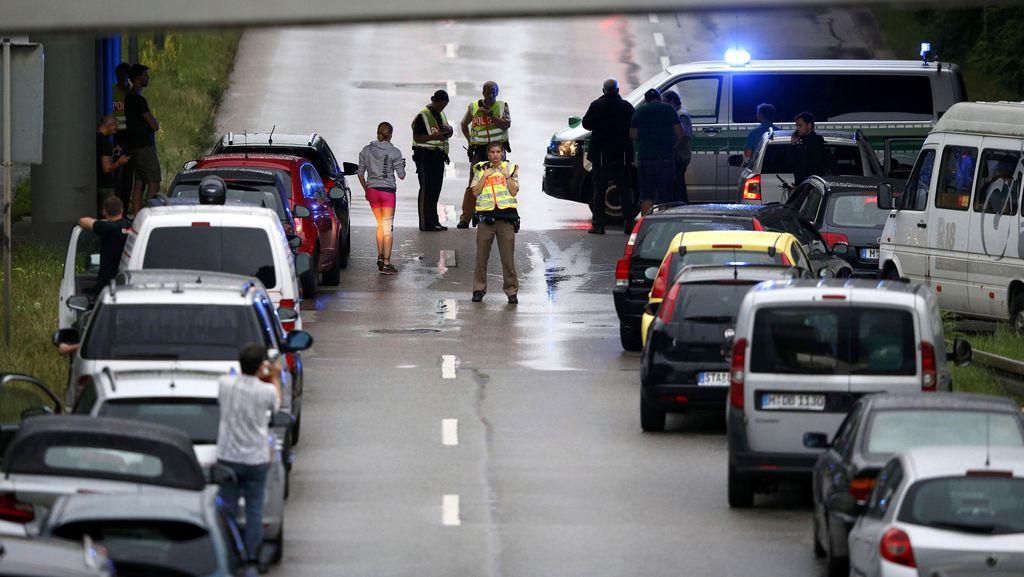 Presiden Prancis Sebut Penembakan di Munich sebagai Aksi Teroris