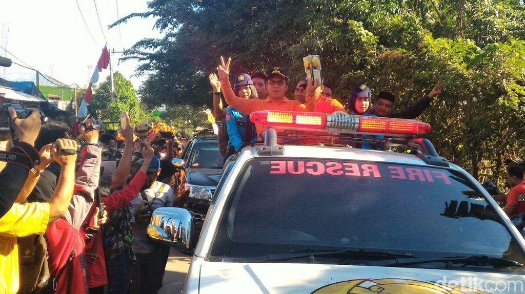 Walikota Makassar Arak Piala Adipura Keliling Kota