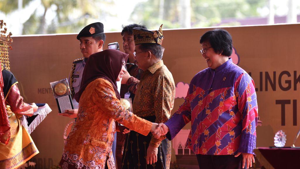 Pernah Jadi Daerah Terkotor, Banyuwangi Kini Sabet Adipura untuk Partisipasi Warga
