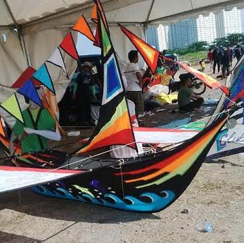 Festival Layang-layang Internasional Warnai Langit Surabaya