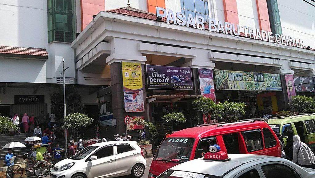 Jenazah Mayor Inf Sukardi Sudah Dievakuasi ke RSHS, Mal Pasar Baru Normal