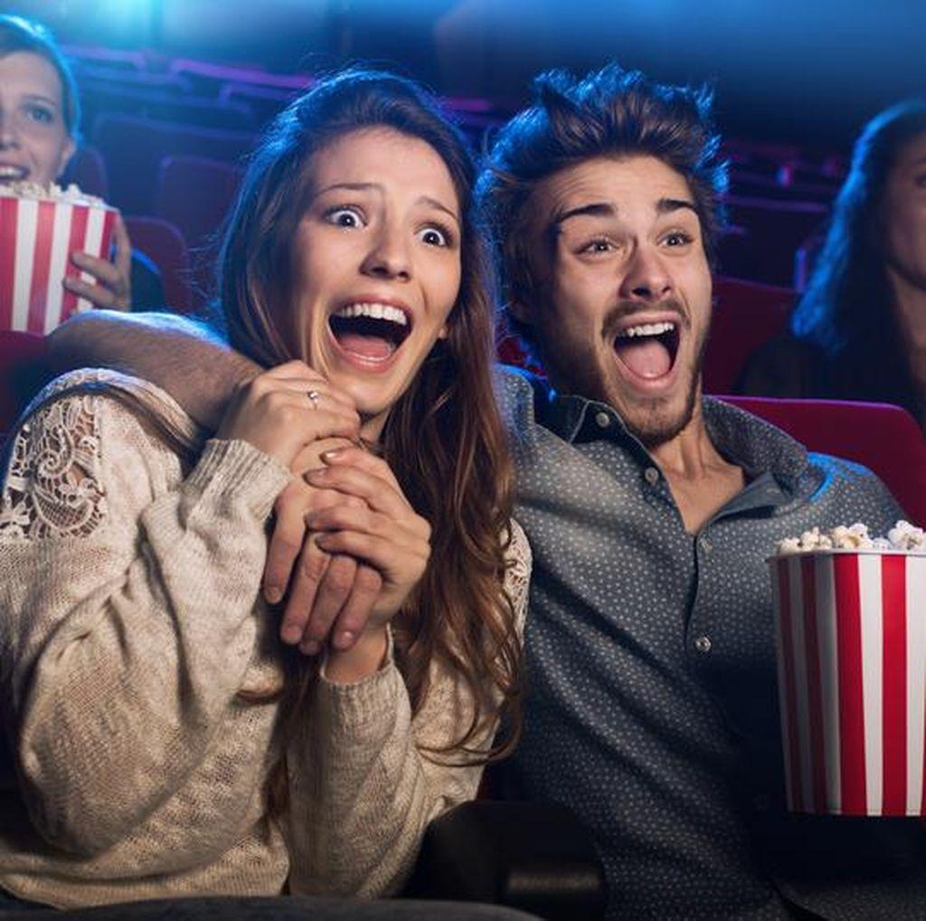 Hindari Makan Berlebihan Saat Nonton Bioskop dengan Cara Ini