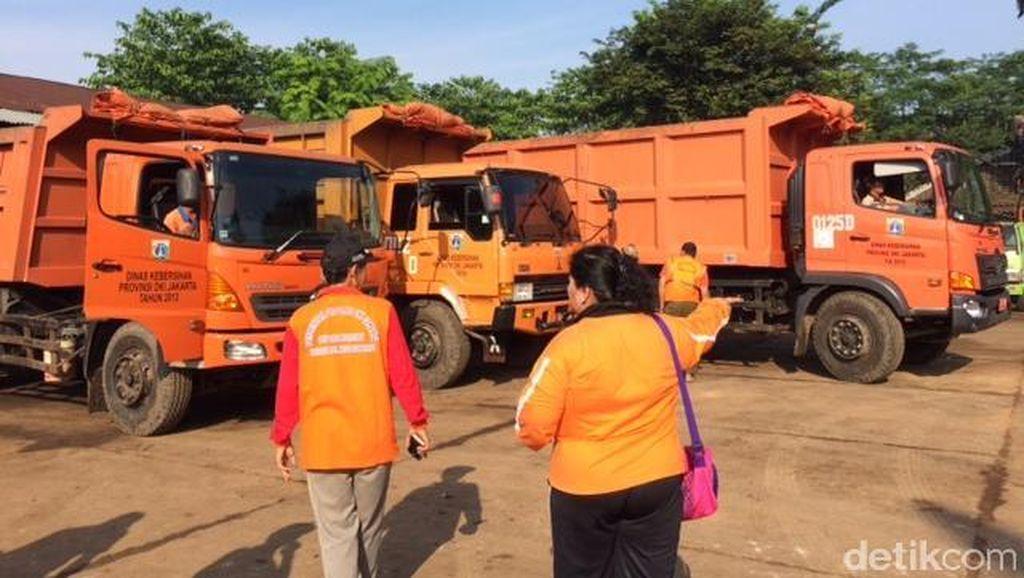 Kadis Kebersihan DKI Tegaskan Tak Ada Batas Beban Angkut Sampah ke Bantargebang