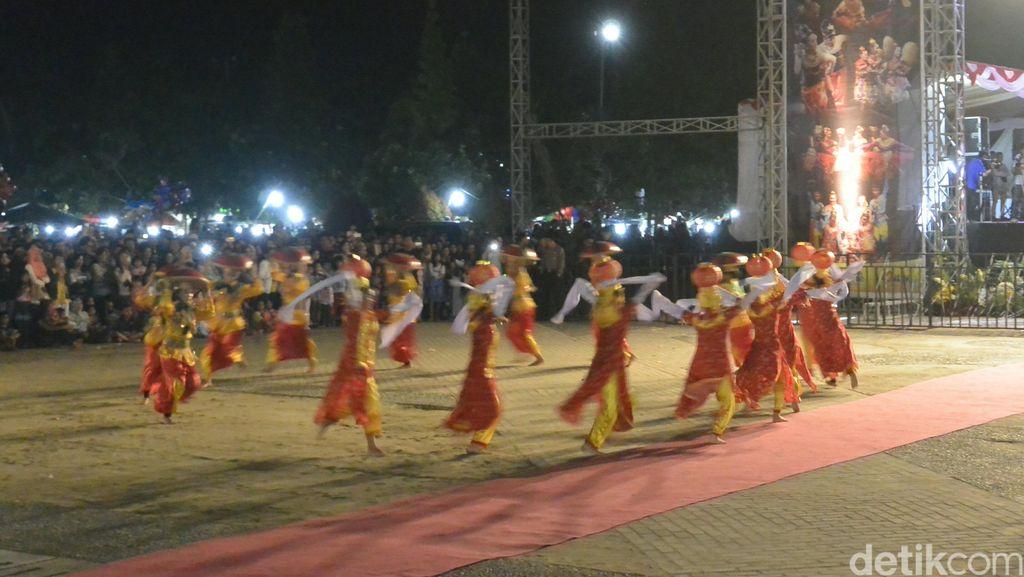 Indahnya Kebersamaan, Tari Kolaborasi Melayu-China Buka Festival di Babel