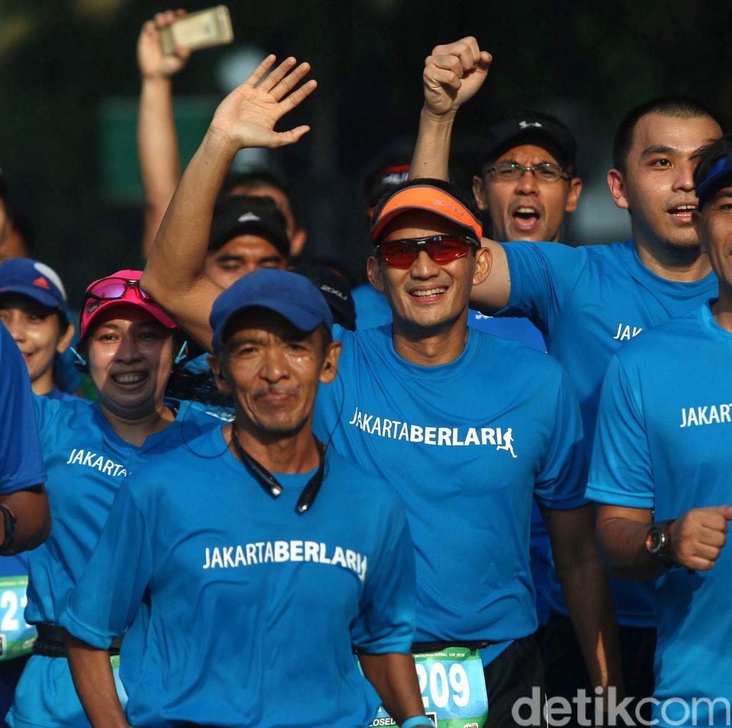 Sandiaga Uno Bersama Komunitas Jakarta Berlari