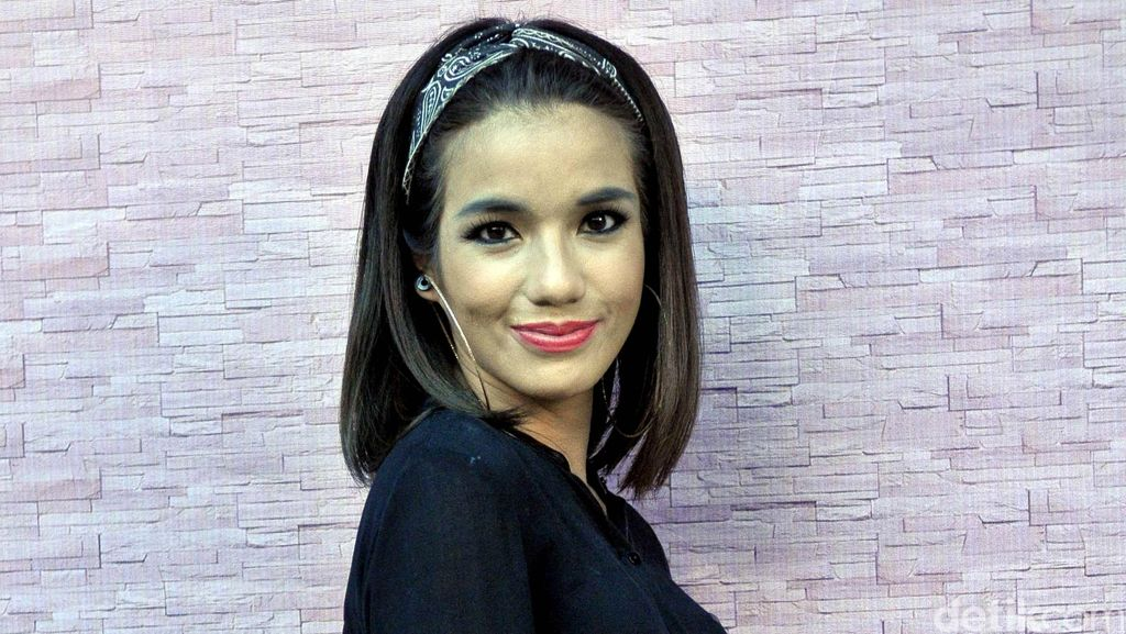 Hot Photo Highlight: Sheila Marcia hingga Para Seleb di Konser Selena Gomez