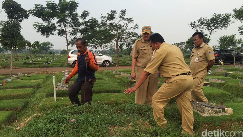 28 Makam Fiktif TPU Pondok Ranggon Dibongkar