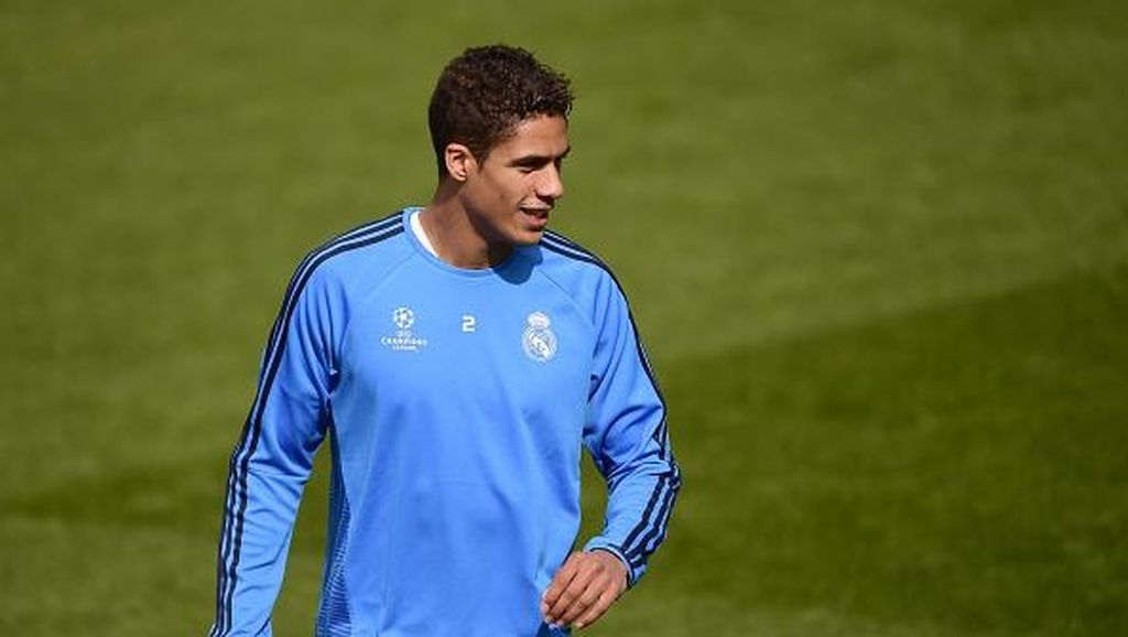 Varane Enggan Tinggalkan Madrid
