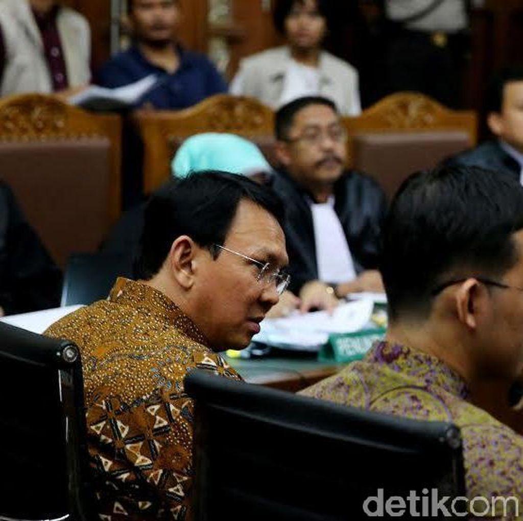 Hakim Cecar Ahok Soal Pengangkatan Sunny Sebagai Staf Ahli