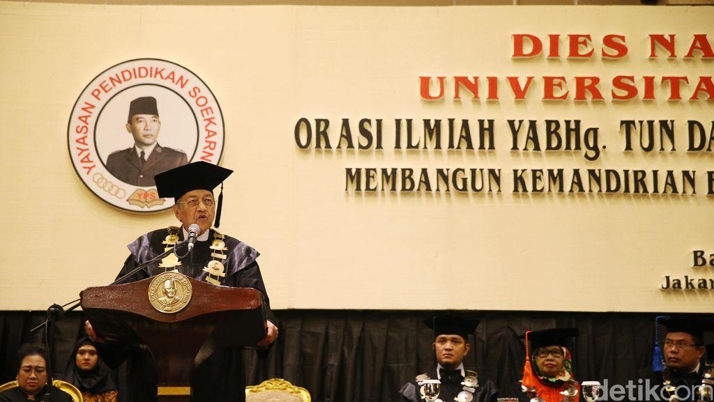 Pidato di Indonesia, Mahathir Mohamad: Korupsi Bukan Hanya Salah Pemimpin