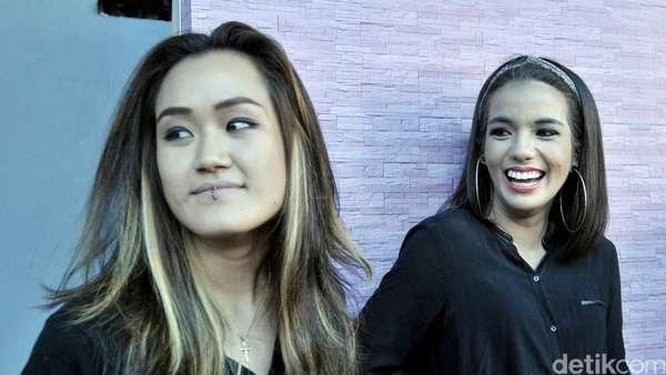 Sheila Marcia dan Melodya Vanesha Buka-bukaan