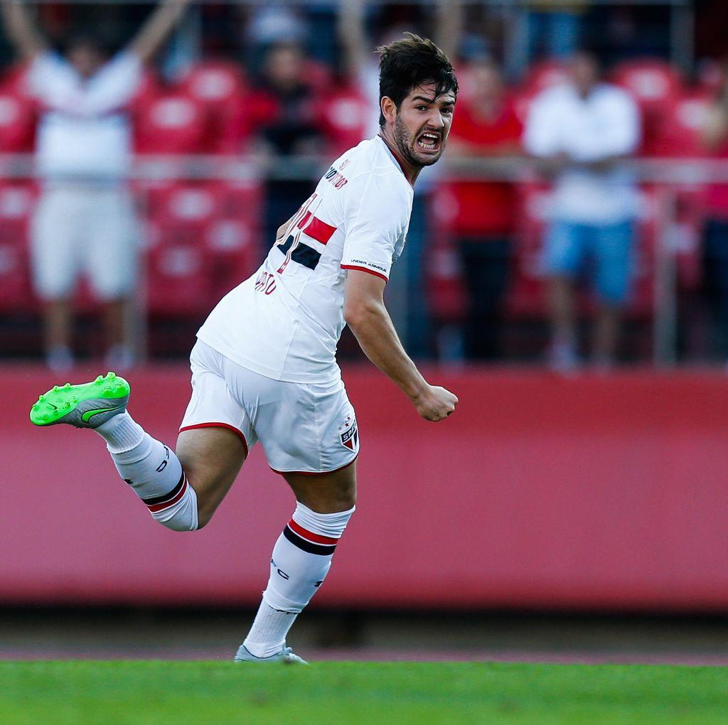 Pato Merapat ke Villarreal
