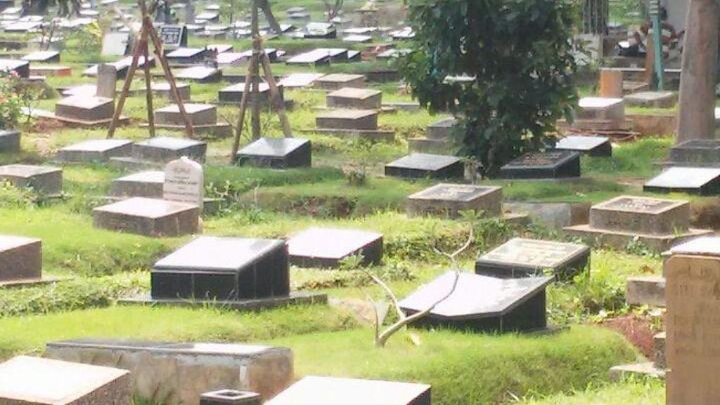 Siapa Calo Makam Fiktif di TPU Jeruk Purut?
