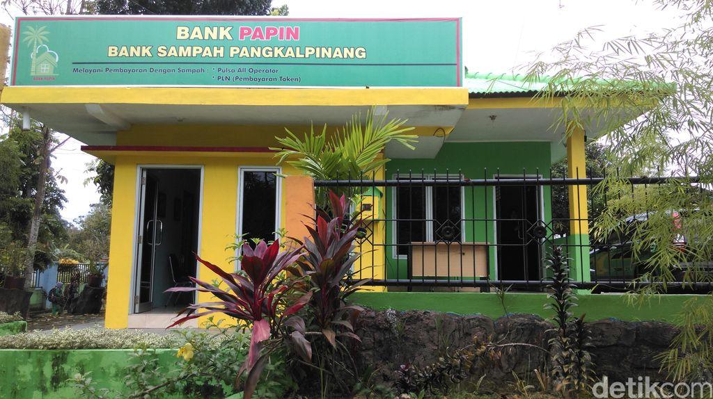 Tentang Bank Sampah di Pangkalpinang: Door to Door hingga Pindah Kantor