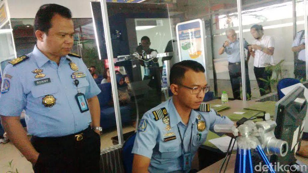 Dirjen Imigrasi Minta Pelayanan Pemohon Paspor Ditingkatkan