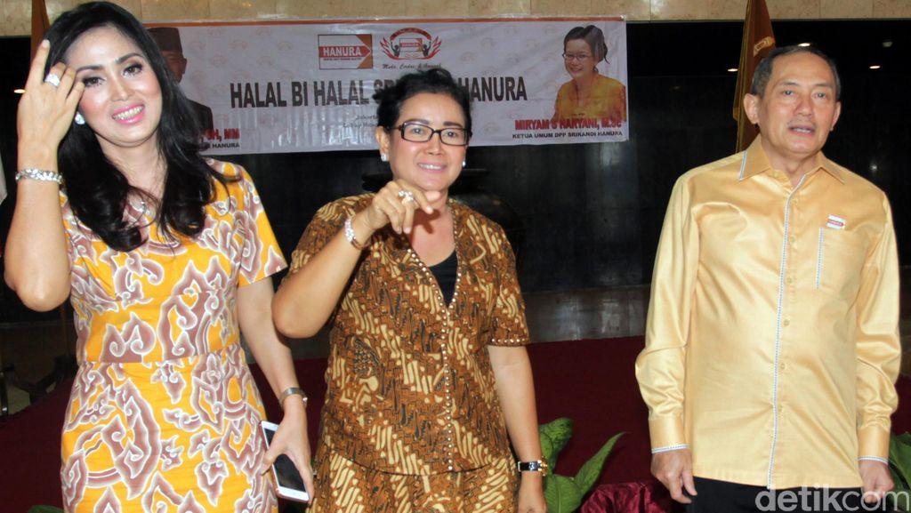 Srikandi Hanura Gelar Halal Bihalal