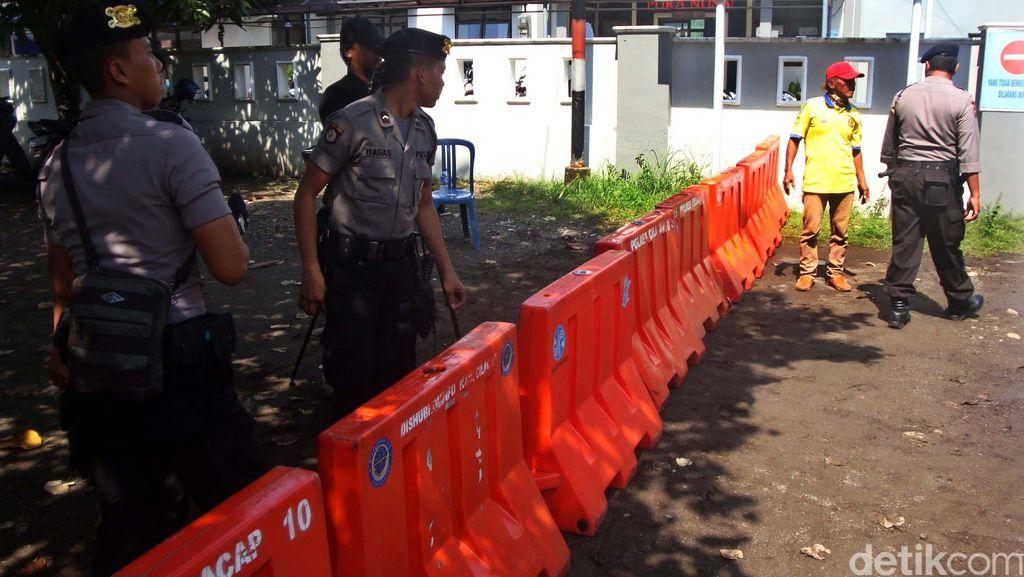 Keluarga Terpidana dan Pengacara Freddy Budiman Menyeberang ke Nusakambangan