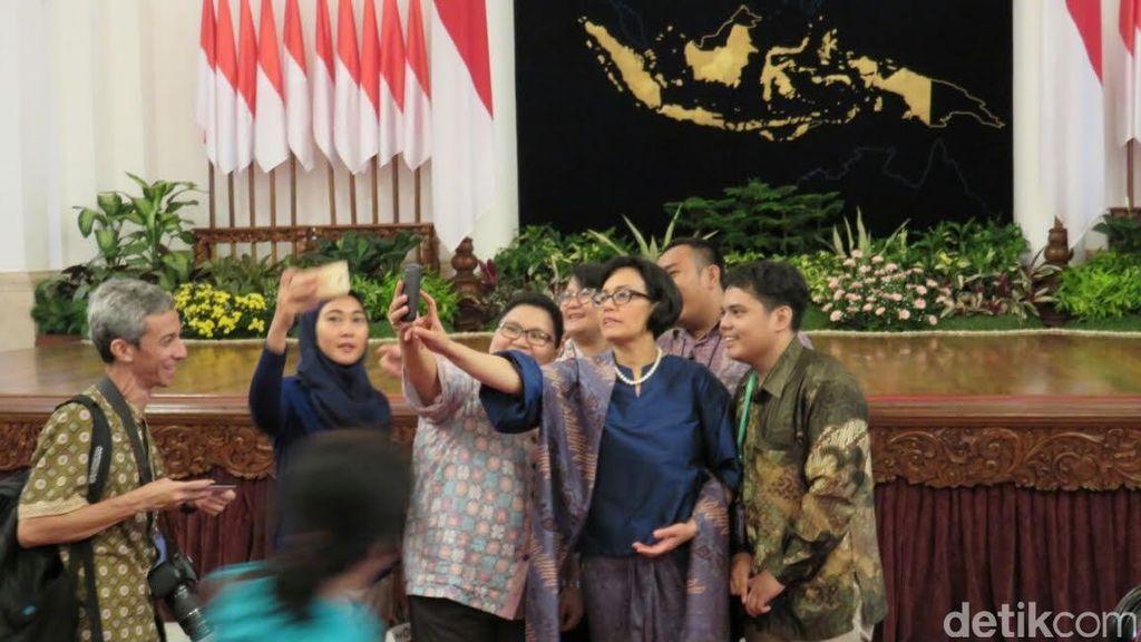 Foto Sri Mulyani Usai Pelantikan dan Rapat Kabinet Perdana