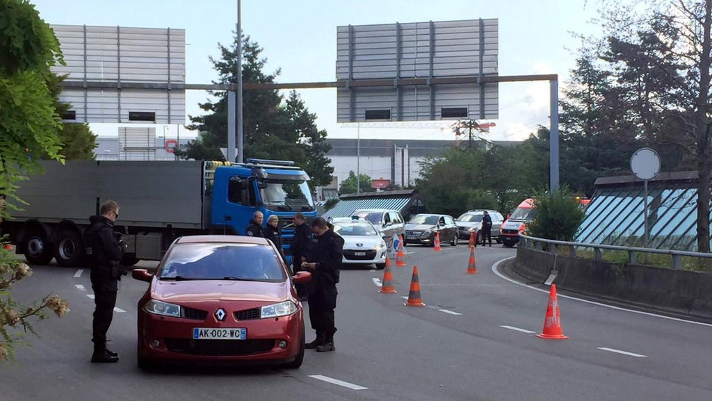Ada Ancaman Bom, Pengamanan Diperketat di Bandara Jenewa