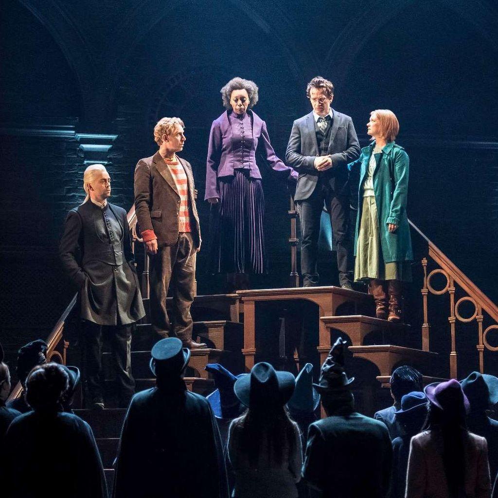 Siap-siap! Teater Harry Potter and the Cursed Child Dibuka di London