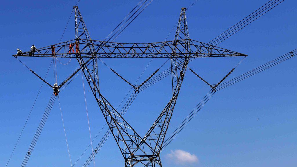 Defisit 40 MW, PLN Lakukan Pemadaman Bergilir Malam ini di Riau