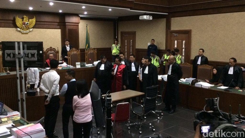 Pengacara: Banyak Keanehan Saat Rekonstruksi Digelar di Depan Majelis Hakim