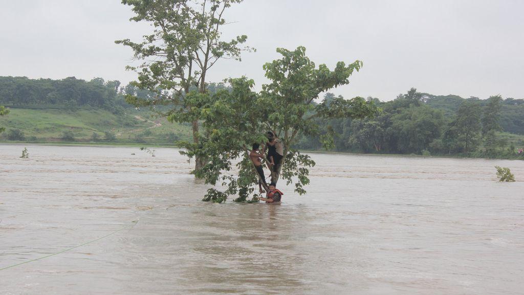 Banjir Tewaskan 58 Orang di Nepal, Paksa 1 Juta Warga di India Mengungsi