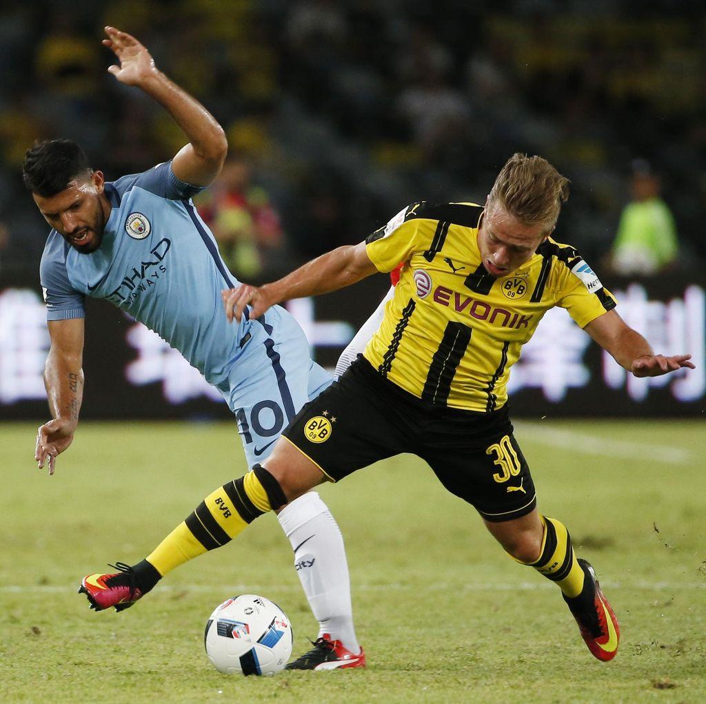 City Kalahkan Dortmund lewat Adu Penalti