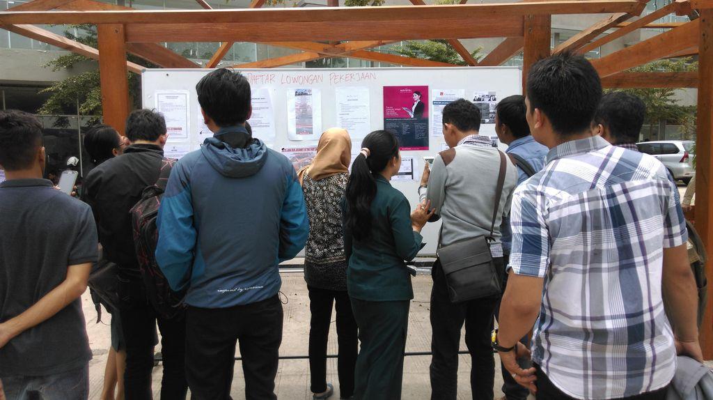 Ribuan Pencari Kerja Sesaki Job Fair Langka di Pangkalpinang