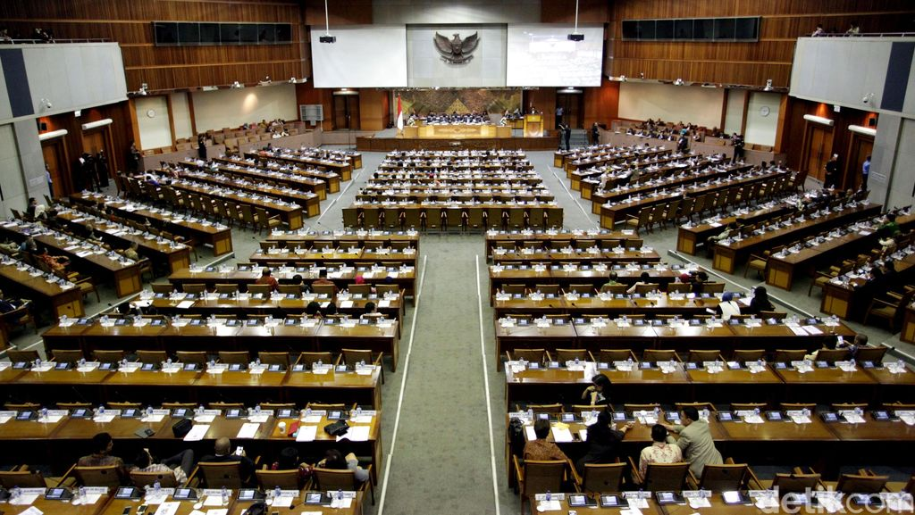 295 Wakil Rakyat Tak Hadir di Paripurna Bahas Perppu Kebiri