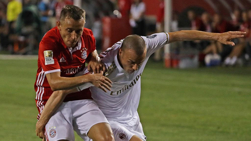 Milan Menang Adu Penalti Atas Bayern