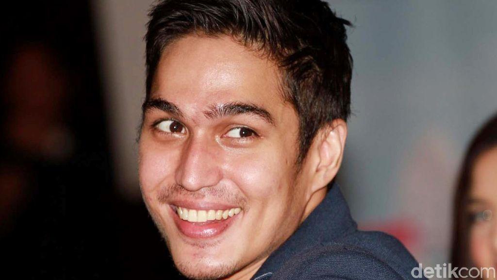 Impian Gila Konsep Pernikahan Marcel Chandrawinata
