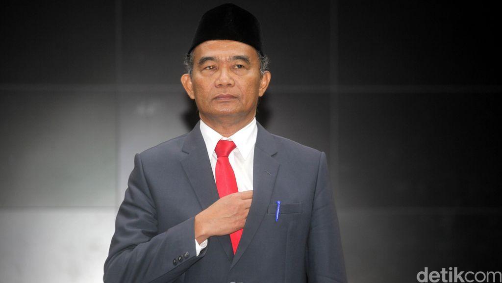 Mendikbud Ingin Sempurnakan Kurikulum 2013 Agar Sejalan Nawa Cita