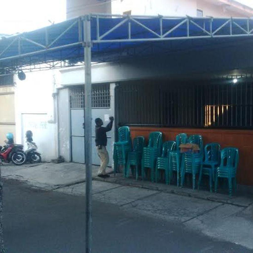 Suasana Rumah Masa Kecil Freddy Budiman di Surabaya: Ada Tenda dan Kursi
