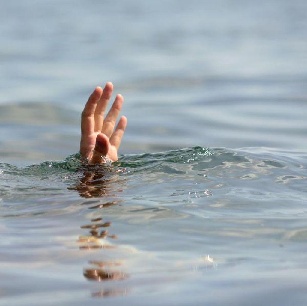Pria Inggris Tewas Saat Berusaha Seberangi Selat Channel dengan Berenang