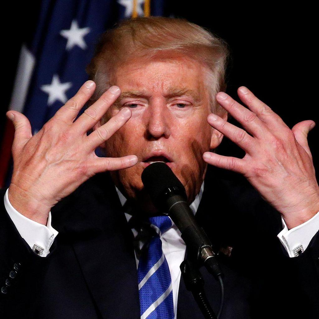 Seruan Donald Trump pada Pemilih Republik: Jangan Tonton Konvensi Demokrat