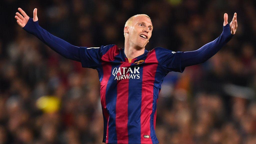Tolak Besiktas, Mathieu Pilih Bersaing di Barcelona