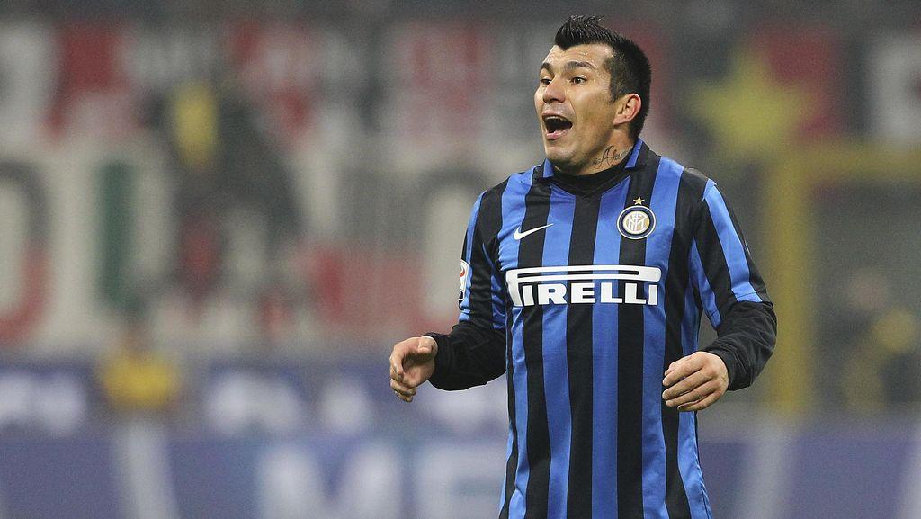 Ditanya soal Ambisi Inter, Medel: Juara Liga Europa dan Berjuang untuk Scudetto