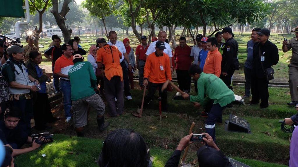 164 Makam Fiktif Seharga Rp 3-7 Juta/Unit di TPU Tegal Alur Dibongkar