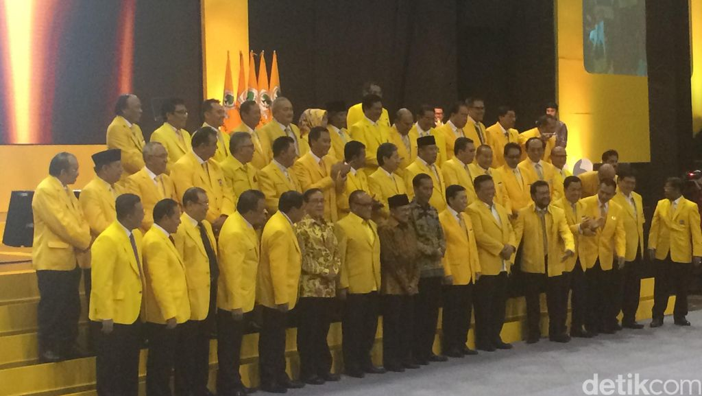 Golkar Tancap Gas Jualan Jokowi