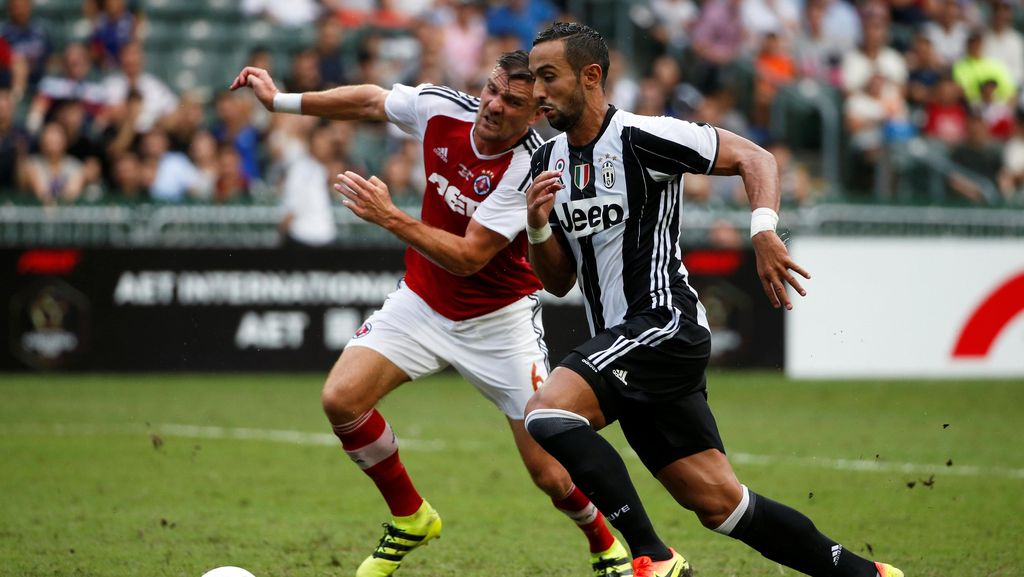 Juve Kalahkan South China 2-1