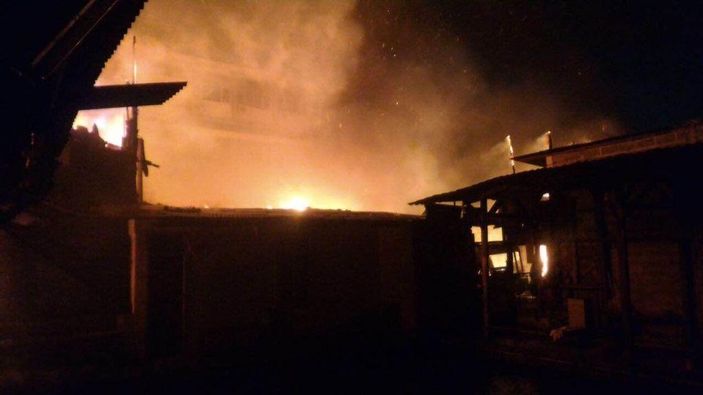 Kebakaran 25 Rumah Kontrakan di Klender Diduga Berasal dari Kompor Warga
