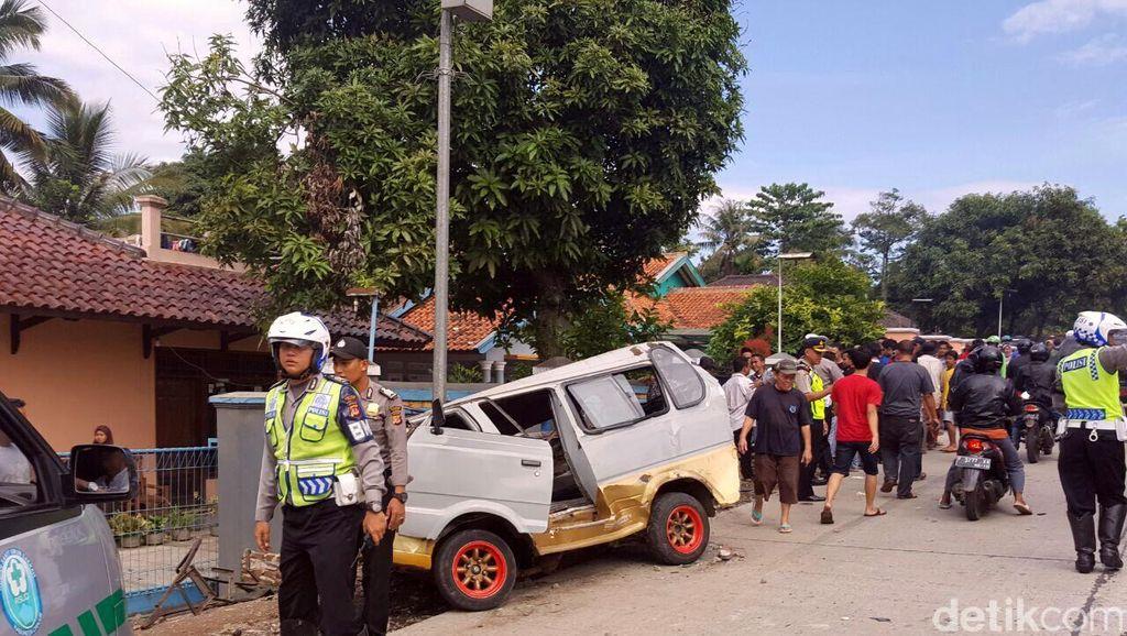 Cerita Saksi soal Detik-detik Kecelakaan dan Korban yang Bergelimpangan