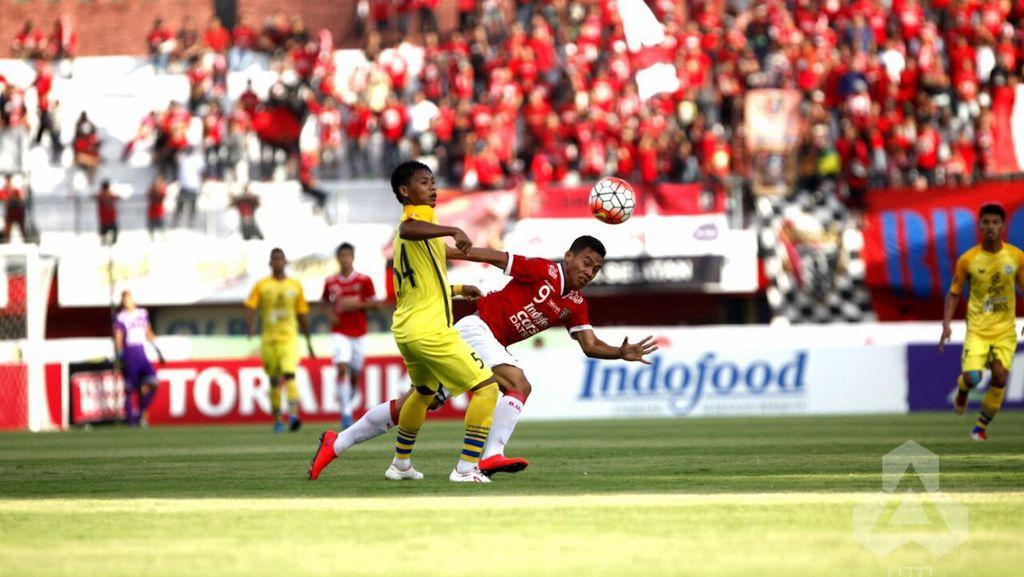 Bali United Diimbangi Gresik United 1-1