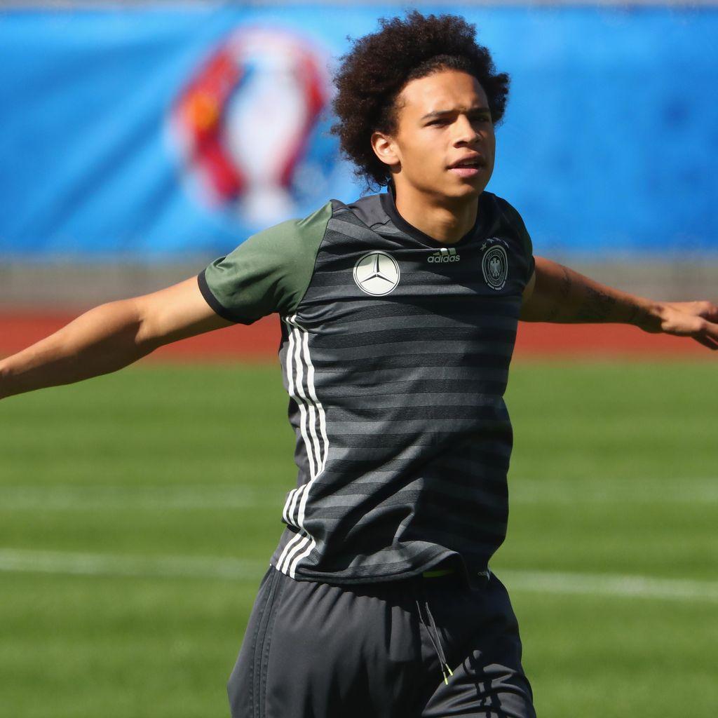 Schalke Terpaksa Jual Sane