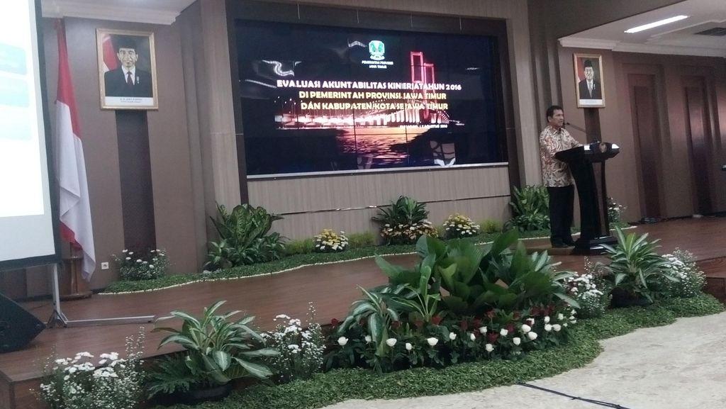 Surabaya Tempat Pertama Kunjungan Kerja Menpan RB Asman Abnur