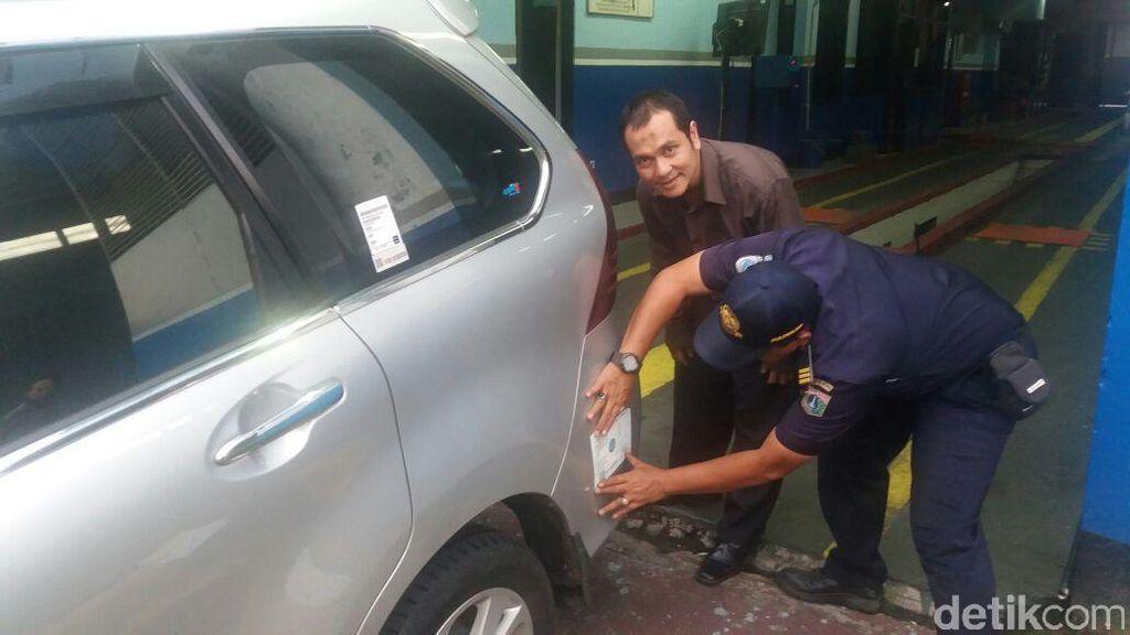 Kemenhub: STNK Taksi Online Atas Nama Badan Hukum, Waktu Transisi 1 Tahun
