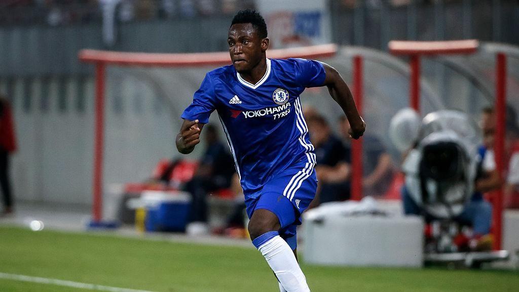 Schalke Pinjam Baba Rahman dari Chelsea