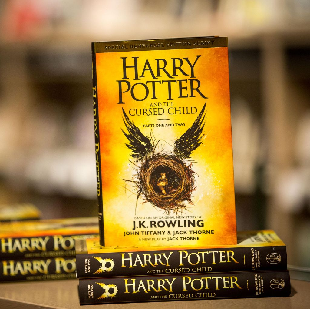 Buku Harry Potter and the Cursed Child Laris di Prancis
