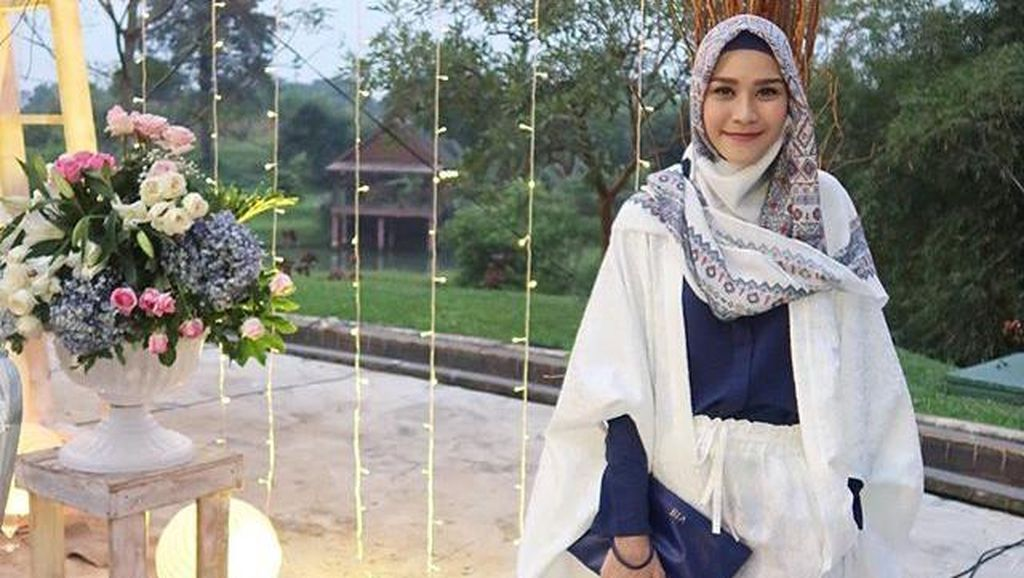 Zaskia Adya Mecca Lebih Ingin Jadi Pedagang Ketimbang Artis